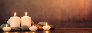 kaarsen en stenen